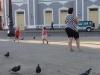 19-ninos-y-palomas-en-el-parque-marti
