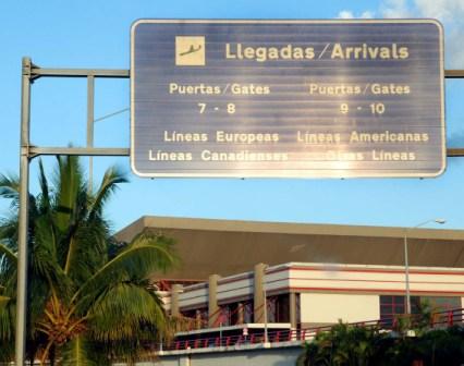 Aeropuerto Int. Jose Marti, La Habana.  Photo: Caridad