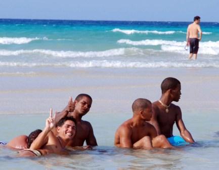 Playa del Este, La Habana.  Foto: Caridad