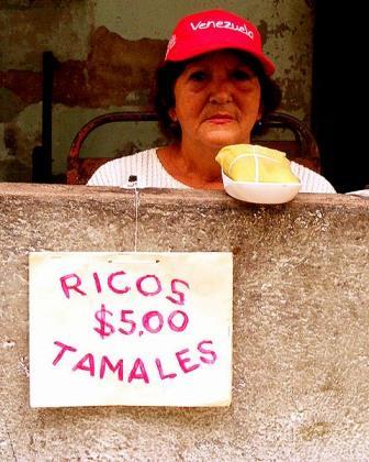 Venta privada de tamales.  Foto Caridad