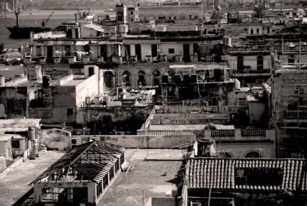 De la galería La Habana desde las alturas.  Foto: Caridad