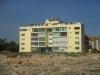 edificio-frente-a-la-costa