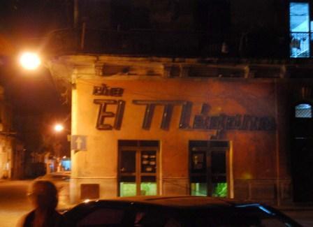 Cine El Megano, La Habana.  Foto: Caridad