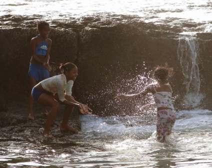 Cooling Off.  Photo by Jean Serge Dias de Sousa