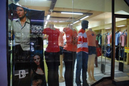 Clothes shop selling in hard currency.  Photo: Caridad