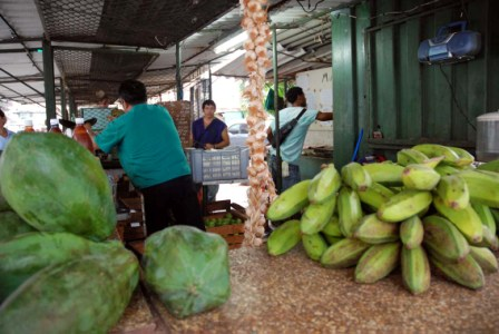 State Agricultural Market.  photo: Caridad