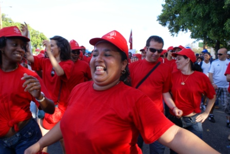 Cuban workers celebrating on May Day 2009.   Photo: Elio Delgado
