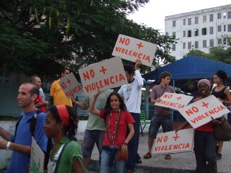Marcha en La Habana contra la violencia.  Foto: Irina Echarry