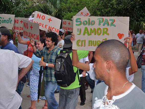 Marcha en La Habana del 6 de noviembre, 2009.
