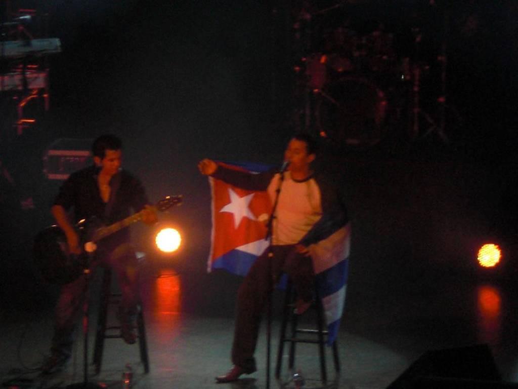 Concierto de Buena Fe en Miami, 25-12-2009.  Foto: Yenise Rodriguez