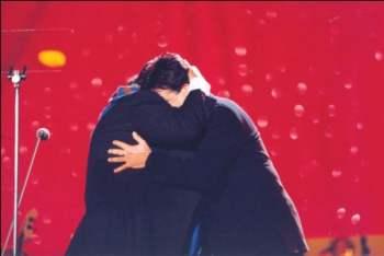 Augusto con Pavarotti