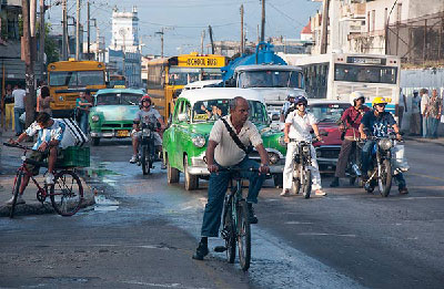 New investments in Cuba's public transportation system will prove useless without a comprehensive strategy. Photo: Raquel Perez