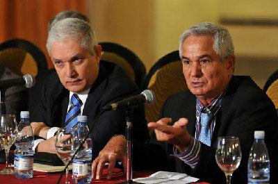 Juan Francisco Puello (izquierda) e Higinio Vélez, anunciaron el pasado mes de Junio en La Habana, el reingreso de Cuba a la Serie del Caribe.