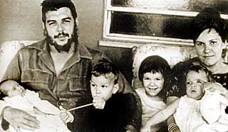 Che, Aleida March and their children.